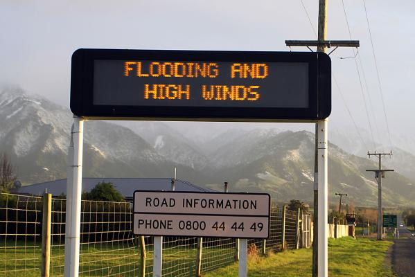 High winds warning sign near Kaikoura