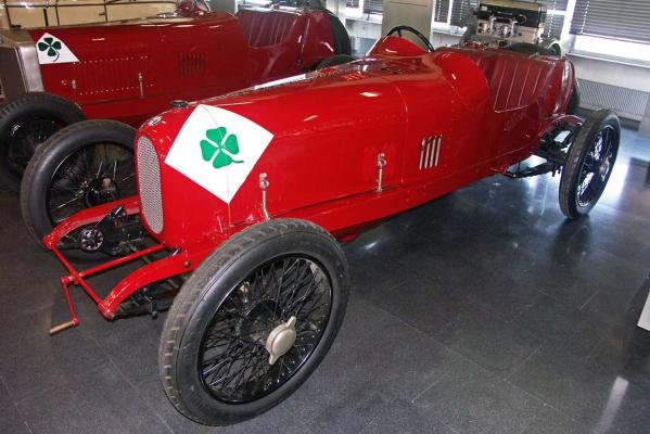 Quadrofoglio Verde: It was first used on this car, the 1923 Targa Florio winning ''RL'' of Ugo Sivocci.