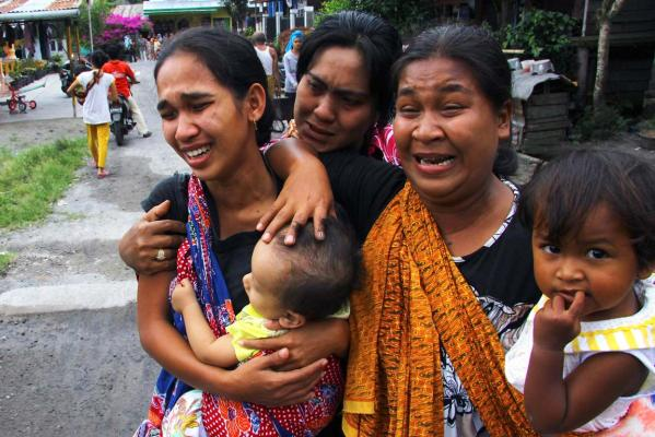 Indonesia quake misery