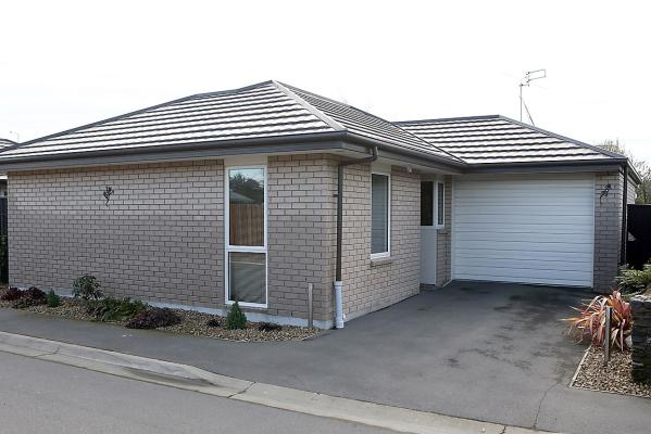 4/5 Kennedys Bush Road