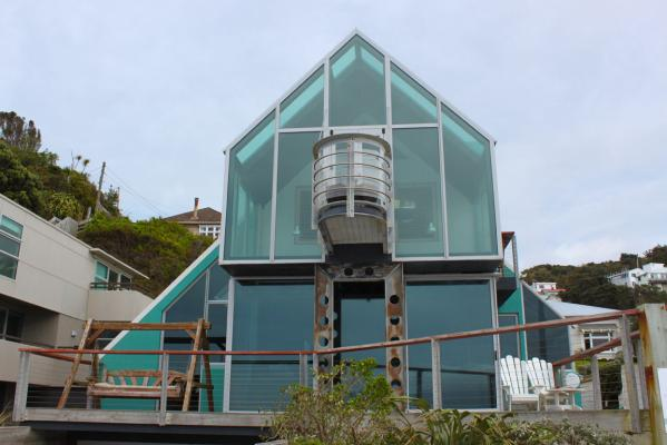 House Of The Week: Island Bay