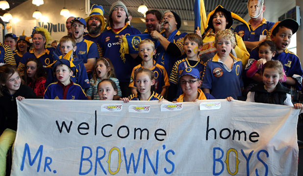 Otago fans celebrate the arrival of the Ranfurly Shield in Dunedin on Saturday