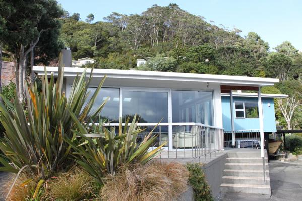 House of the week: Lowry Bay