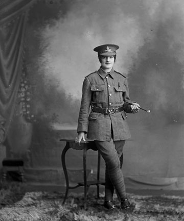 A woman in WWI uniform