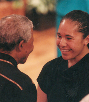 Leilani Partsch and Lai Lopati, behind, had an unexpected meeting with Nelson Mandela in 1995