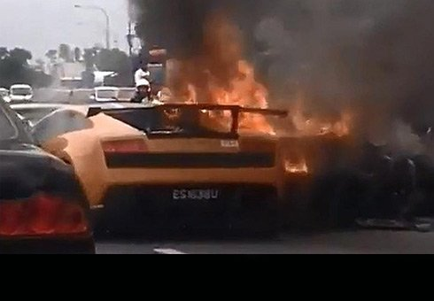 A Lamborghini Aventador, Gallardo and Gallardo Superleggera burnt to the ground after an accident.