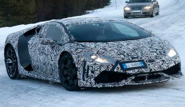 New entry-level supercar for Italian maker Lamborghini spied ahead of debut.