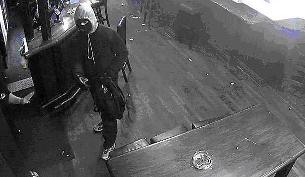 Armed robber at Craic bar