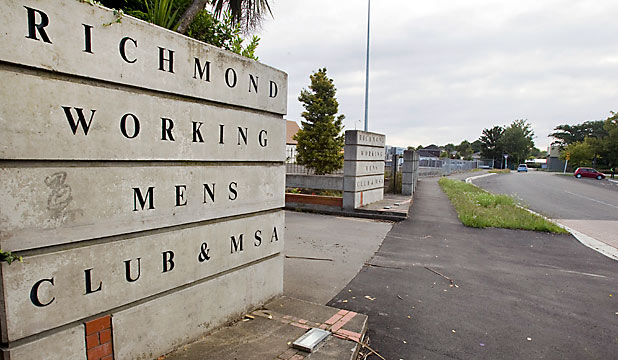 Richmond Workingmen's Club scenef