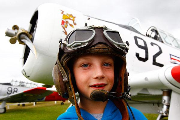 http://www.stuff.co.nz/waikato-times/news/9579383/Whitianga-Warbirds-and-Wheels-airshow