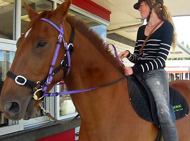Emma McLeod and horse at McDonald's