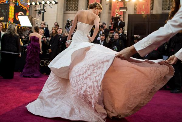 Jennifer Lawrence's fall
