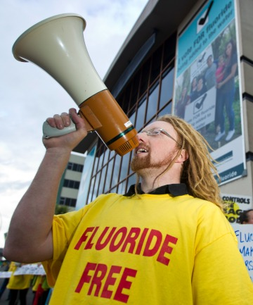 fluoride protest