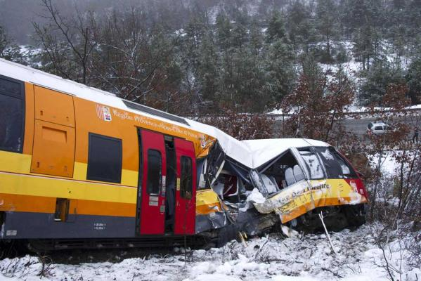Rock hits train killing two people in French Alps.