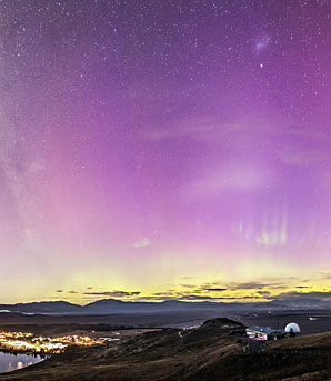 Aurora by David Weir/Earth and Sky
