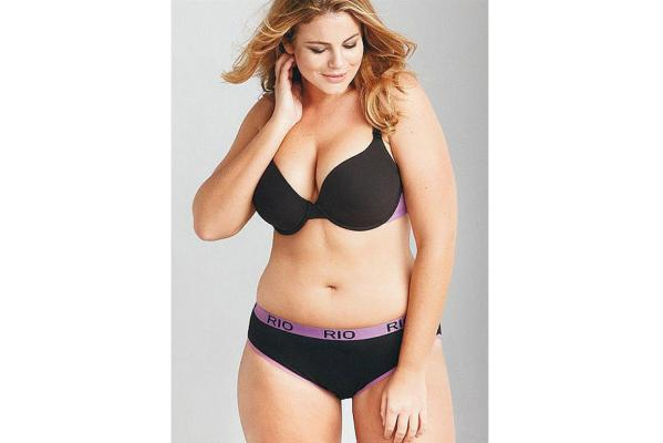 Five hot new plus-size models