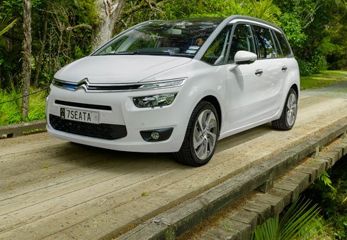 The new Citroen Grand C4 Picasso tab