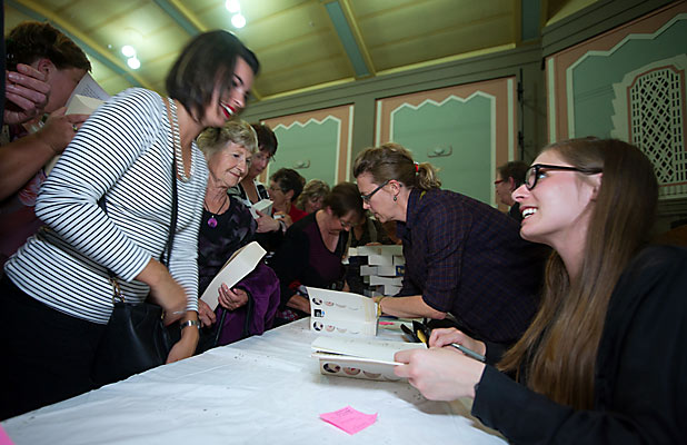 Eleanor Catton in Hokitika