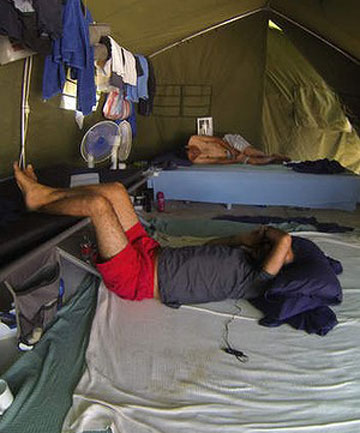 hunger strike asylum seekers Australia