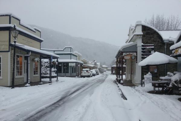 arrowtown snow