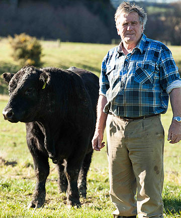Gerald Hargreaves, with wife Sue, goes to the United States to replenish his angus bloodlines.