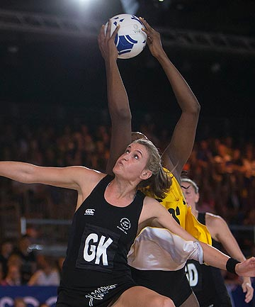 PREPARED: Silver Ferns defender Leana de Bruin, pictured in action in a pool match against Jamaica, is looking forward to facing Magic team mate and shooter Jo Harten when NZ face England in the Commonwealth Games semifina