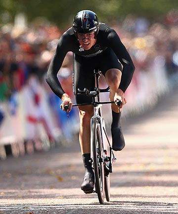 BACKING UP: After a strong effort in the time trial, Jesse Sergent is fired up to give his all for NZ team mate Jack Bauer in the Commonwealth Games men's road race.