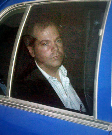 ohn Hinckley Jr. arrives at the E. Barrett Prettyman U.S. District Court in Washington DC Tuesday, November 19, 2003. Hinckley, who shot president Reagan has spent over 20 years in a psychiatric hospital, is arguing for unsupervised visits with his parents on account of his improving mental state.