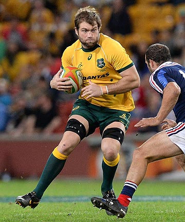 CUT: Loose forward Ben McCalman has been dropped out of the Wallabies bench for the Saturday's opening Bledisloe Cup test against the All Blacks.