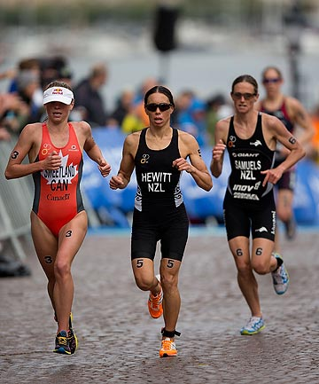 FINE FETTLE: Kiwi triathletes Andrea Hewitt and Nicky Samuels are in fine form heading into the triathlon world champs.