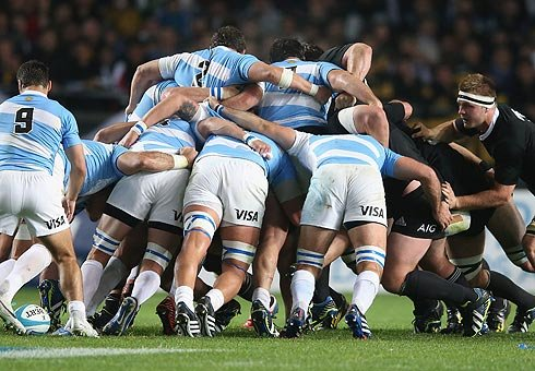 If ever the eight replacement rule made a mockery of the game, the 2nd test between the Pumas and the Boks in Salta was it.