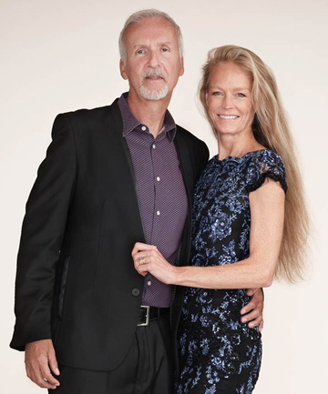Family photo of the director, married to Suzy Amis, famous for Titanic & Avatar.