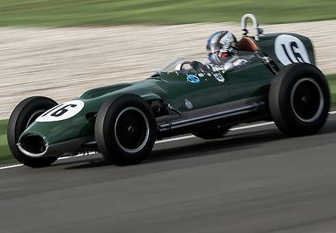 Kiwi wins prestigious trophy at the Goodwood Revival classic car race meeting in England.