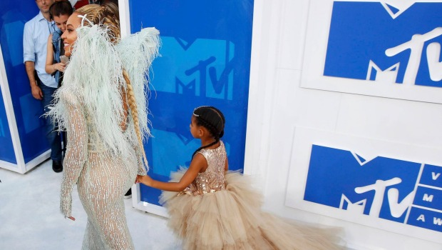 Beyoncé and Blue Ivy Slayed their VMA Entrance