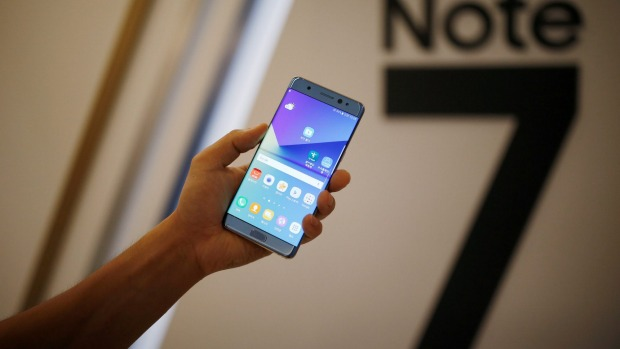 Samsung to recall Galaxy Note 7 after explosions
