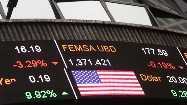 Global markets tank as USA election results come in