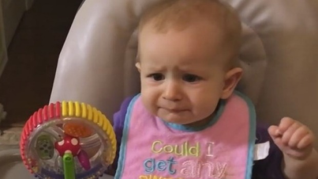 Baby tries broccoli for the first time : Stuff.co.nz