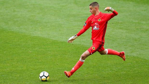 Teenage keeper Keegan Smith tipped to bounce back after Wellington Phoenix exit