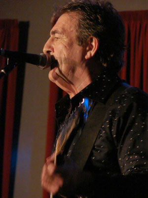 ROCK ON:  Hall of Fame inductee Bryan Gerrard singing up a storm in the second Vision lineup on Saturday.