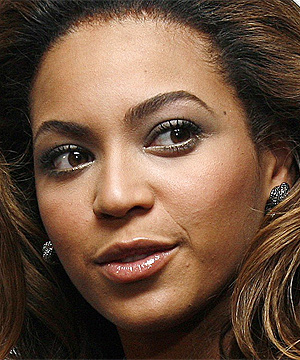 TIME FOR A SHAVE: Beyonce's hairy armpits shocked fans at the premiere of her new movie, Cadillac Records, in New York.