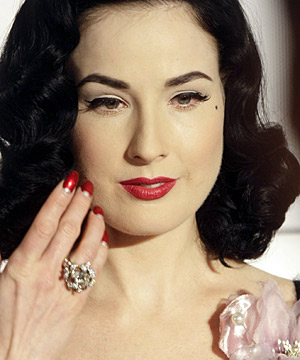 4157c43f39c3 Dita Von Teese terrified of sun