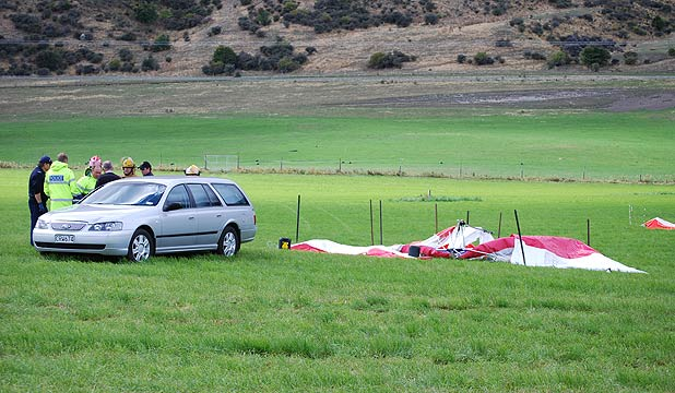 Hang glider victims named | Stuff co nz