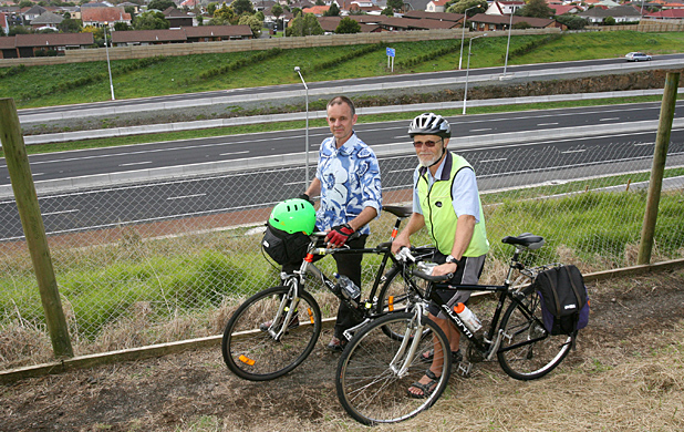 PEDALLING ALONG: Mt Roskill Community Board chairman Richard Barter, left, and cycling advocate John Gregory are keen to see the cycleway complete.