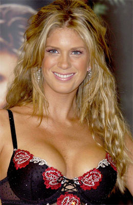 Rachel Hunter at the launch of Ultimo's new Spring/Summer 2004 collection in London.