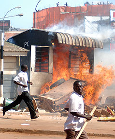 Riots rock Uganda capital
