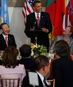 LUNCH SPEECH: US President Barack Obama talks with world leaders at the UN Leadership Forum Luncheon.