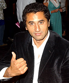MYSTERIOUS GIRL: Kiwi actor Cliff Curtis has gotten married, but the identity of his bride remains a mystery.