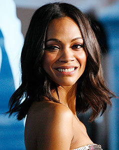 Zoe Saldana says filming a sex scene in Avatar that was cut from the film was a challenge.