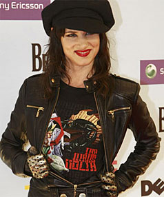 STRIKE A POSE: Juliette Lewis on the red carpet.