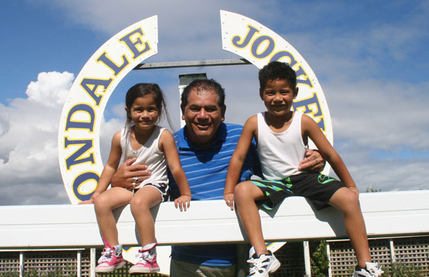 WATER WALK: Four-year-old Haylee, left, and five-year-old Jarome Henry with their grandfather Stephen Henare at the Avondale Racecourse where the Live Earth walkathon will be held on April 18.
